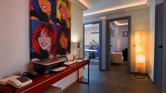 clinica-marbella-slide-profile-2 559x315